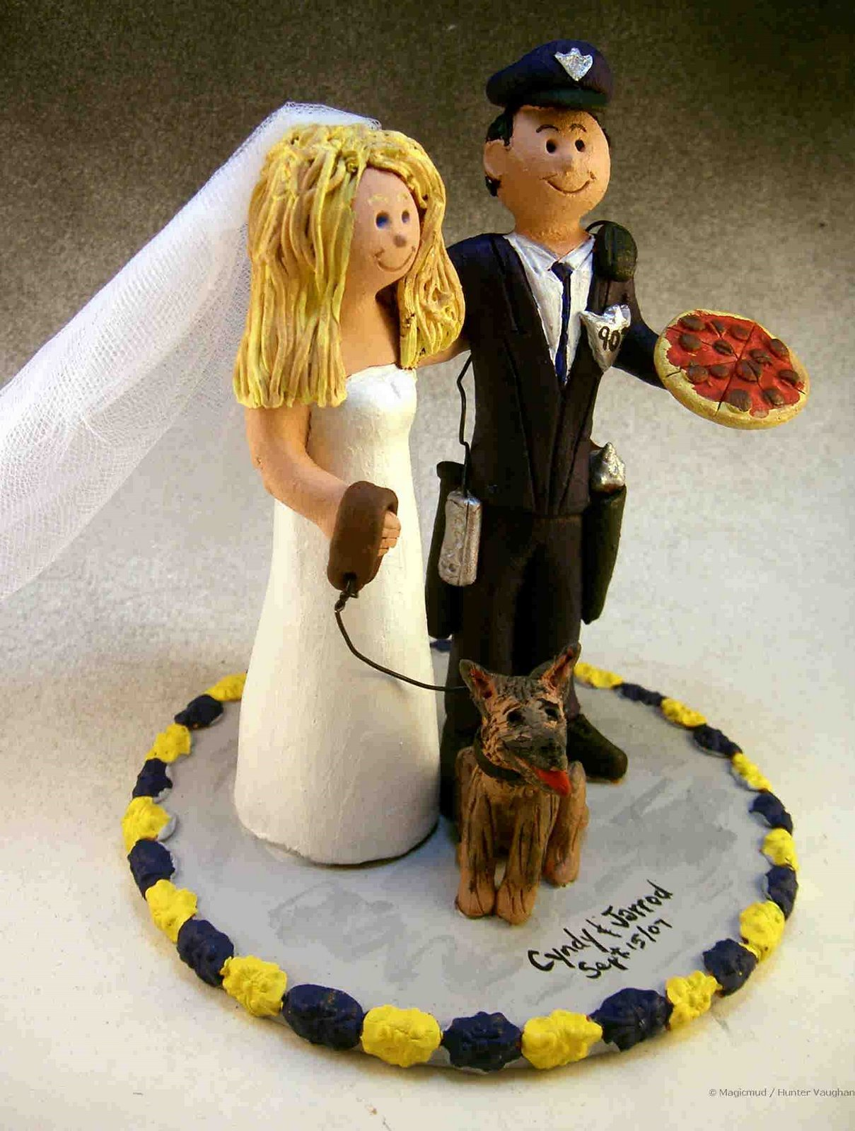 custom wedding cake toppers January 2008